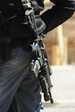 Policier et fusil 3 Image libre de droits