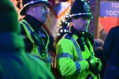 Policiers sur la rue Melbourne de Swanston photographie stock