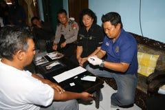 Policja wziąć próbkę krwi Fotografia Stock