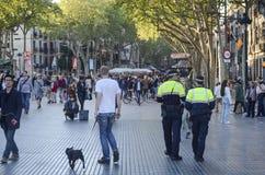Policjanci patroluje losu angeles Rambla ulicę, Barcelona Obrazy Stock