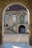 Poligny-Rathaus-Hof lizenzfreies stockfoto
