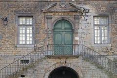 Poligny-Rathaus-Treppe stockbilder