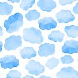 Poligonalny bezszwowy wzór z chmurami ilustracja wektor