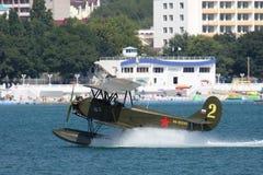 Polikarpov po-2 με τα επιπλέοντα σώματα Στοκ Εικόνα