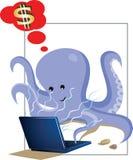 Polipo che lavora al computer portatile Fotografia Stock