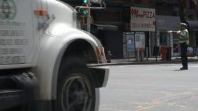 Polis de tráfico almacen de metraje de vídeo