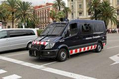 Polisbil i Barcelona Arkivbild