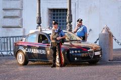 Polisen i områdeskontrollservicen Arkivbilder