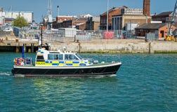 Polisen lanserar att patrullera Arkivfoton