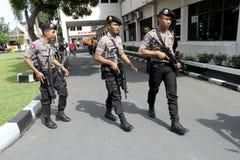 Polisen patrullerar Fotografering för Bildbyråer