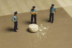 Politie en drugs Royalty-vrije Stock Afbeeldingen