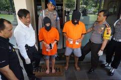 Politie gearresteerde drugdealer stock foto