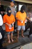 Politie gearresteerde drugdealer stock afbeelding