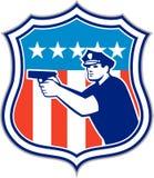 Politieagent met Retro Schild van de Kanon het Amerikaanse Vlag Stock Foto