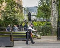 Politieagent op plicht Royalty-vrije Stock Afbeeldingen