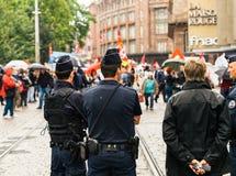 Politiek maart tijdens een Franse Nationale dag tegen Macrow-La Royalty-vrije Stock Fotografie