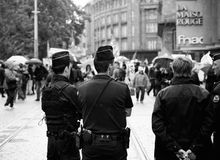 Politiek maart tijdens een Franse Nationale dag tegen Macrow-La Royalty-vrije Stock Foto's