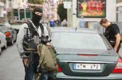 Politiemannen DÃ ¼ sseldorf Duitsland Stock Fotografie