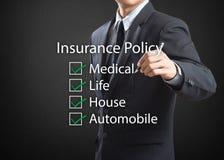Politik för försäkring för handstil för affärsman royaltyfria foton