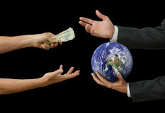 Politiker und großes Geschäft, welche die Welt verkaufen lizenzfreies stockbild