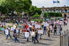 Politischer Marsch, Antigua, Guatemala Stockfoto