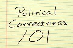 Politisk riktighet 101 på ett gult lagligt block Arkivbild