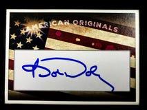 Politiskt signera kort som undertecknas av senatorn Bob Dole arkivfoto
