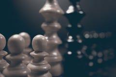 Polityczny dialog Niebezpieczeństwo szachowa gra Konflikt interesów Zdjęcia Stock