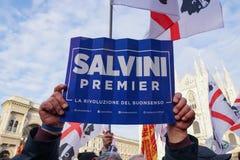 Polityczny wiec w Mediolan zdjęcia stock