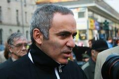 Polityk Garry Kasparov przy pamiątkowym spotkaniem obraz royalty free
