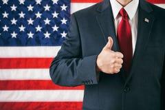 Polityk: Mężczyzna Daje Pomyślnym aprobatom zdjęcia royalty free