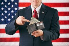 Polityk: Mężczyzna Gestykuluje portfel gotówka Pełno obraz royalty free