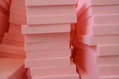 El poliuretano cutted en pedazos regulares fotos de archivo