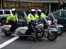 Polizei in der islamischen Demonstration in Vancouver Stockfotografie