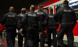 Polizei en Frankfurt-am-Main Hauptbahnhof Foto de archivo libre de regalías