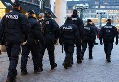 Polizei en Hamburgo Rathausmarkt Imagen de archivo
