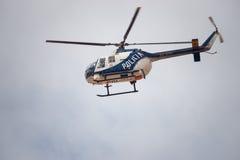 Polizei-Hubschrauber in Spanien Stockbild
