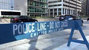 Polizei-Linie tun nicht quer- Stadt von Chicago stock video