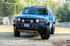 Polizei-Toyota-Kleintransporter lizenzfreie stockbilder