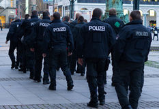 Polizei w Hamburskim Rathausmarkt Obrazy Royalty Free