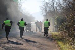 Polizeibeamte in der Tätigkeit Lizenzfreie Stockfotos