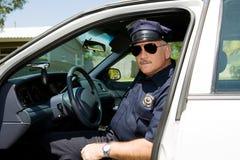 Polizeibeamte im Dienst Lizenzfreie Stockfotografie