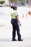Polizeibeamte Miamis Dade in der Uniform Stockbild