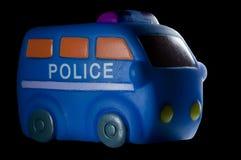 Polizeifahrzeug lokalisiert auf Schwarzem lizenzfreie stockfotos