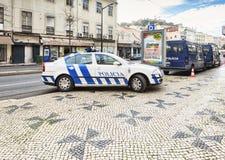 Polizeifahrzeuge Lissabon Portugal stockfotografie