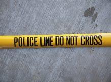 Polizeizeile kreuzen nicht Band Stockfotos