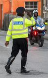Polizia stradale in Barbados che si accoglie Immagine Stock Libera da Diritti