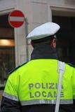 Poliziotto in uniforme della polizia municipale in Italia fotografia stock libera da diritti