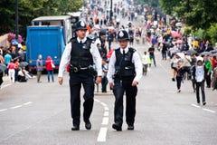 Polizisten in London stockbild
