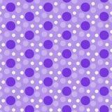 Polka pourpre et blanche Dot Tile Pattern Repeat Background Photographie stock libre de droits